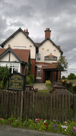 The Mill House Bar & Restaurant: The Mill