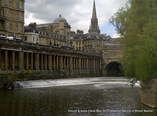 The Beautiful City of Bath is 35 mins drive from Willow Tree Barn.