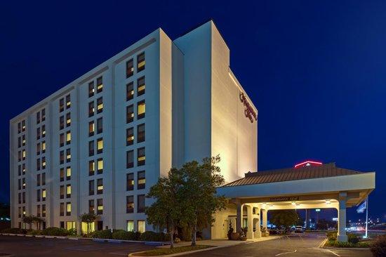 Hampton Inn Baton Rouge I-10 & College Dr.: Hotel Exterior