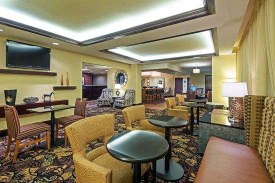 Hampton Inn Baton Rouge I-10 & College Dr.: Hotel Lobby