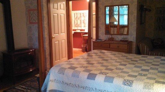 Applewood Inn, Llama Trekking & Cottage: The Quilt room