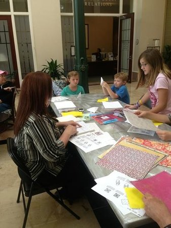 Jesse H. Jones Rotary House International : origami afternoon activity @ rotary house