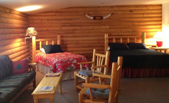 Inn on the Beartooth: The family suite is ideal for large families or traveling groups. It sleeps six comfortably.