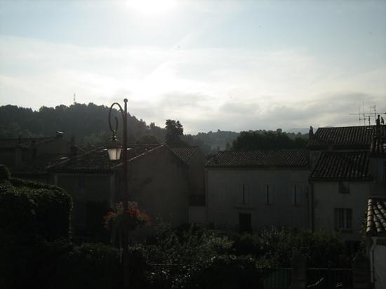 Maison L'Orchidee: Panorama alla mattina