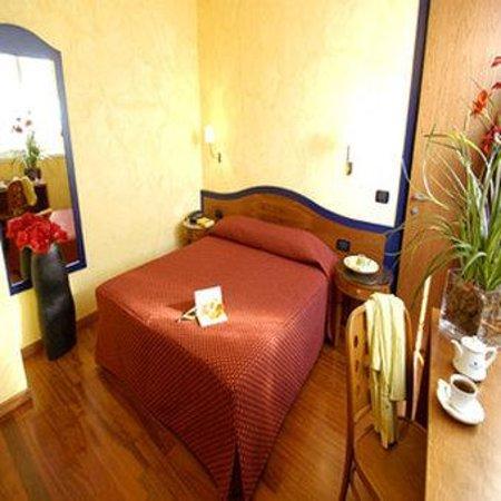 Photo of Ariston Hotel Milan