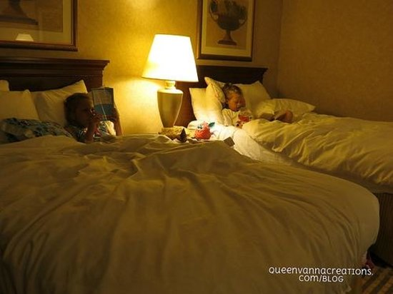 Radisson Hotel Philadelphia Northeast: reading before bed