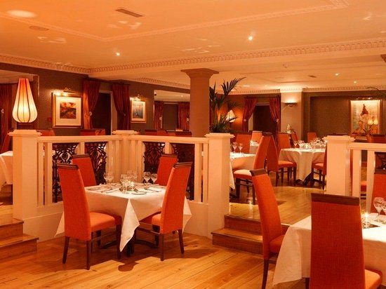 Ballygarry House Hotel & Spa : Dining Room Main A