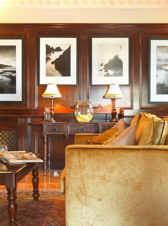 Ballygarry House Hotel & Spa : Lounge Detail A
