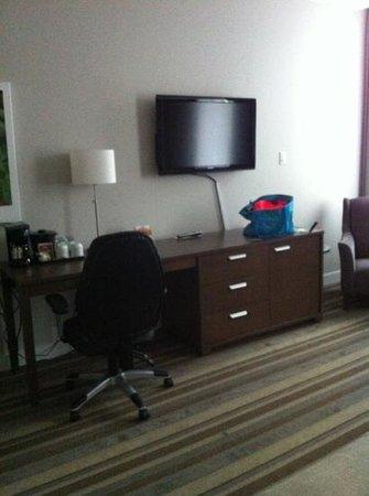 Hotel Montfort Nicolet : notre chambre standard 211