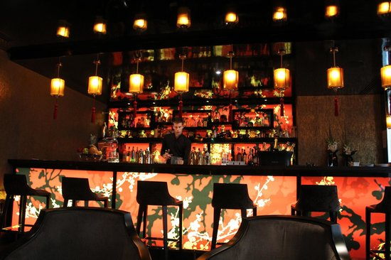 bar picture of buddha bar hotel paris paris tripadvisor. Black Bedroom Furniture Sets. Home Design Ideas