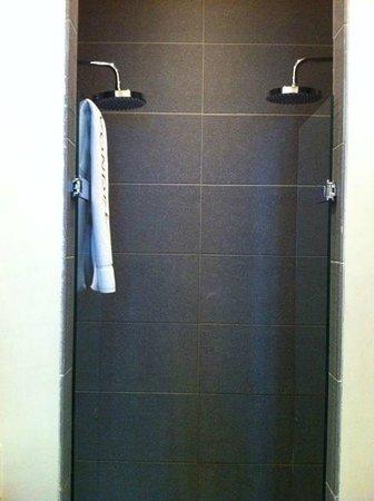 Hotel Vondel : Jr Suite double shower
