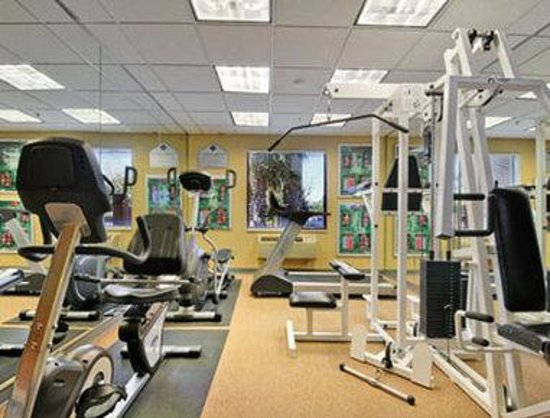 Wingate Houston Bush Intercontinental Airport IAH: Fitness Center