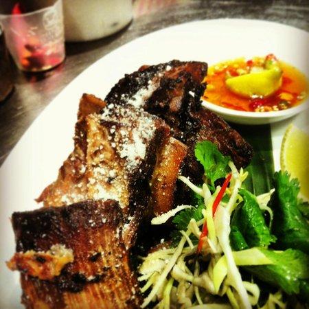 Traditional Thai : Grilled coconut-braised beef ribs w aromatic salad & nahm pla prik