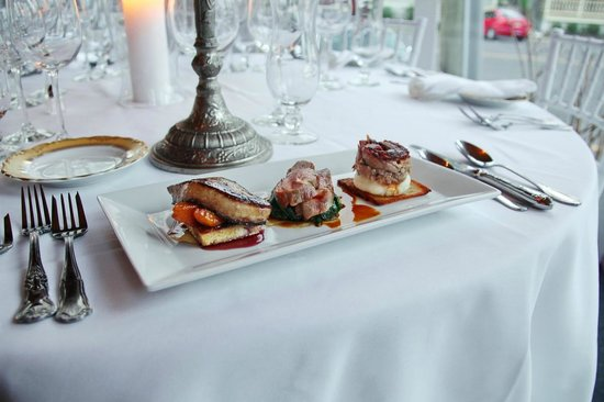 The Gables Inn and Restaurant : Duck, Duck, Goose