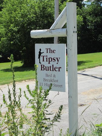 The Tipsy Butler Bed and Breakfast: The Tipsy Butler Sign
