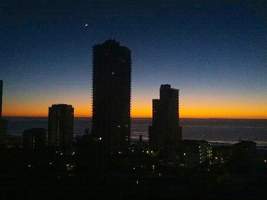Ipanema Resort Apartments: Sunrise from our room