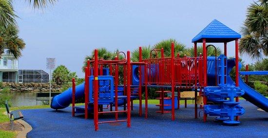 Mary McLeod Bethune Beach Park: Playground