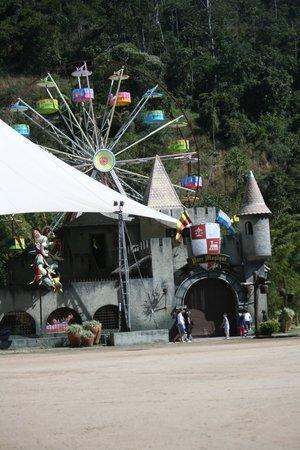 Hotel Village Le Canton: parque le magique