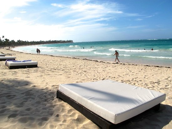 Paradisus Punta Cana Resort: The cleanest beach I have seen