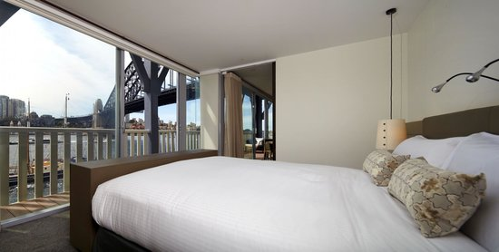 Suite 214 Has Amazing Views Of Sudney Harbour And The Icons Of