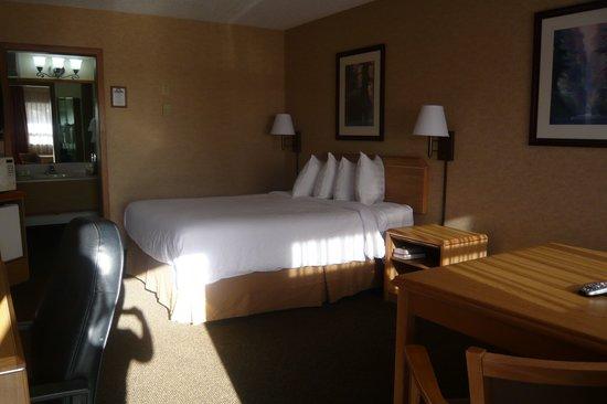 Days Inn Black Bear: Bedroom