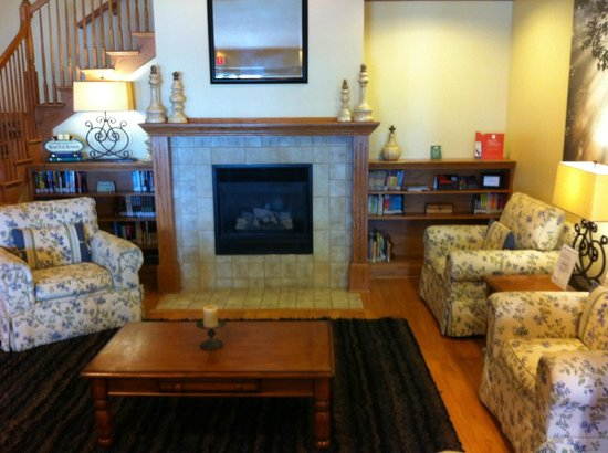 Country Inn & Suites by Radisson, Manteno, IL: Lobby