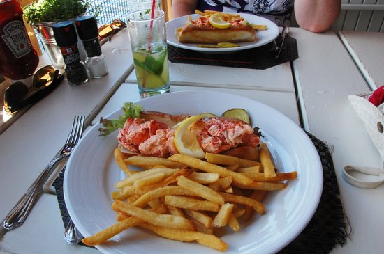 The Pavilion : Meaty lobster rolls with perfect fries