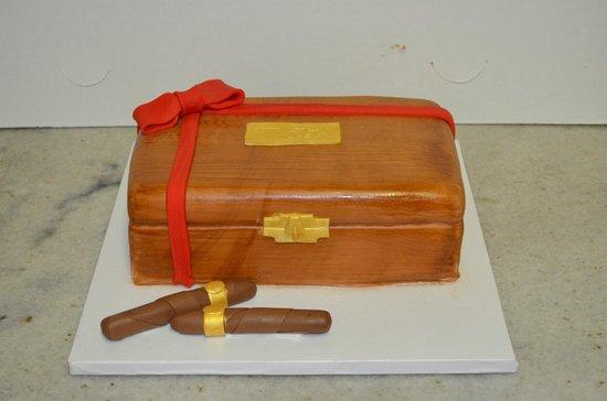 J Noto Bakery: Cigar Cake