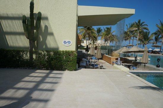 Marquis Los Cabos All-Inclusive Resort & Spa: Dos Mares outdoor dining venue