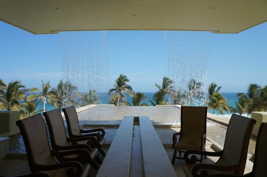 Marquis Los Cabos All-Inclusive Resort & Spa: Looking out from lobby
