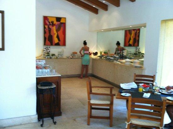 Grand Fiesta Americana Los Cabos All Inclusive Golf & Spa: Breakfast at the club.
