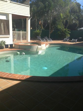 Fraser Roving Backpacker Hostel: Pool