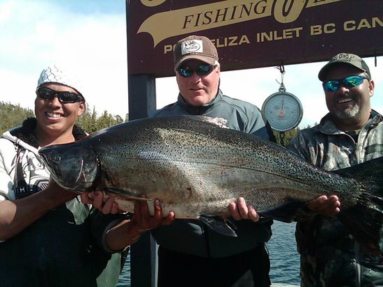 "Rodgers Fishing Lodge: This is what 46 lbs of Ocean Caught Wild ""King"" salmon looks like....after 40 Minutes of fight!"