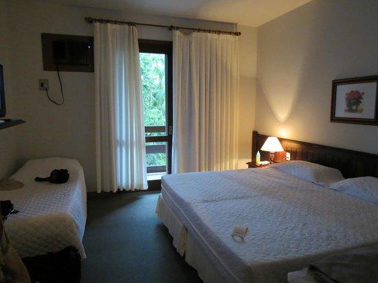 Timbo Park Hotel: Quarto espaçoso