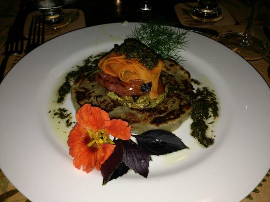 Finca Rosa Blanca Coffee Plantation Resort: Fabulous vegetarian dinner