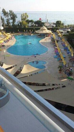 Hotel Grand Kaptan : balcony view