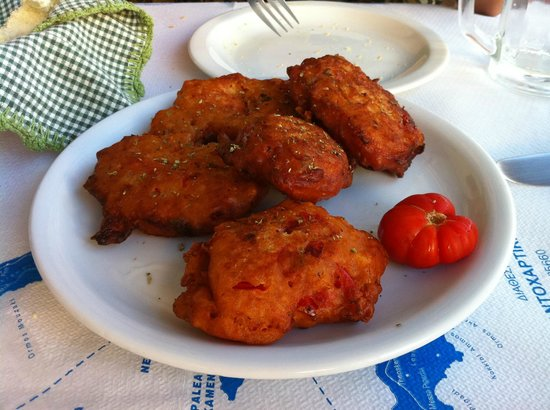 Taverna Roza: Fried tomato dumplings