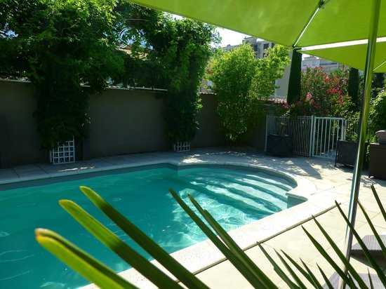 Piscine picture of maison pic valence tripadvisor for Piscine valence