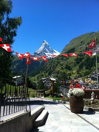 Chalet Hotel Schoenegg: Terrace of Hotel Schoenegg on the Swiss national day!