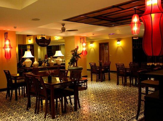 Essence Hoi An Hotel & SPA: Lantern Cafe