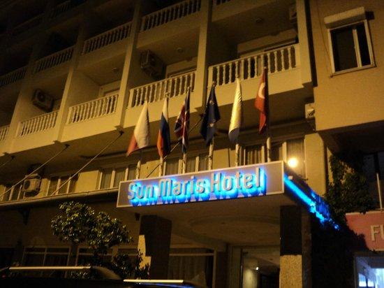 Sun Maris City Hotel: Вход в Наш прекрасный отель