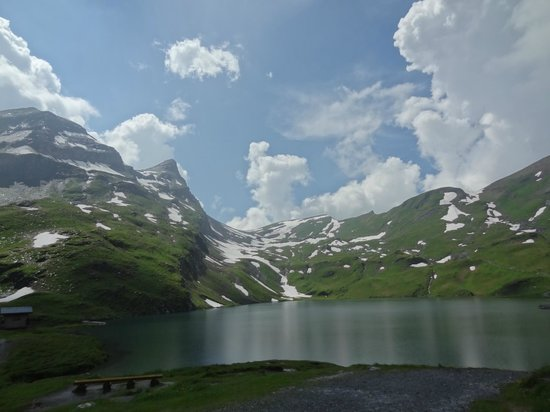 Grindelwald, Suiza: Bachalpsee Lake