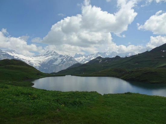 Grindelwald, Sveits: The other side of the lake
