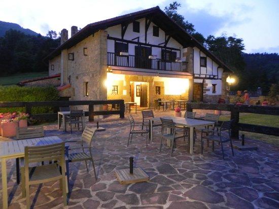 Casa Rural Arotzenea : Terraza