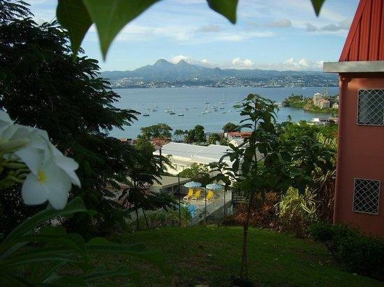 Les Sommets de l'Anse Mitan : vue baie de fort de france