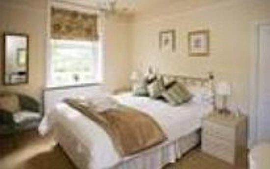 The Woodlands: Room 1 Double En-suite Room (inc. Breakfast) (2 Adults) - From: £75.00