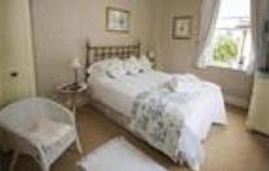 The Woodlands: Room 3 Double Room (inc. Breakfast) (2 Adults) - From: £65.00