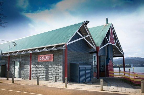 Boat House Restaurant Cornelian Bay: bulding