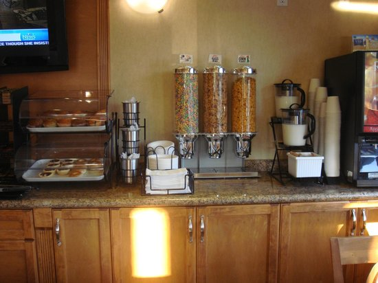 Best Western Peace Arch Inn : Breakfast Buffet