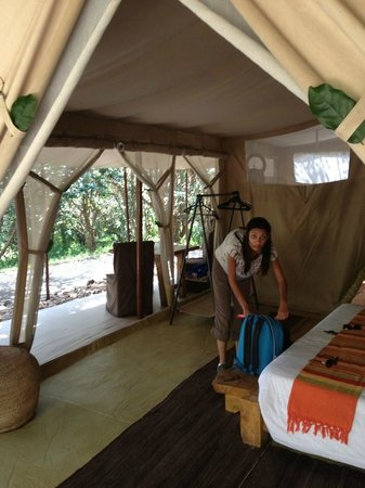 Naibor Camp: Rooms come with king sized beds